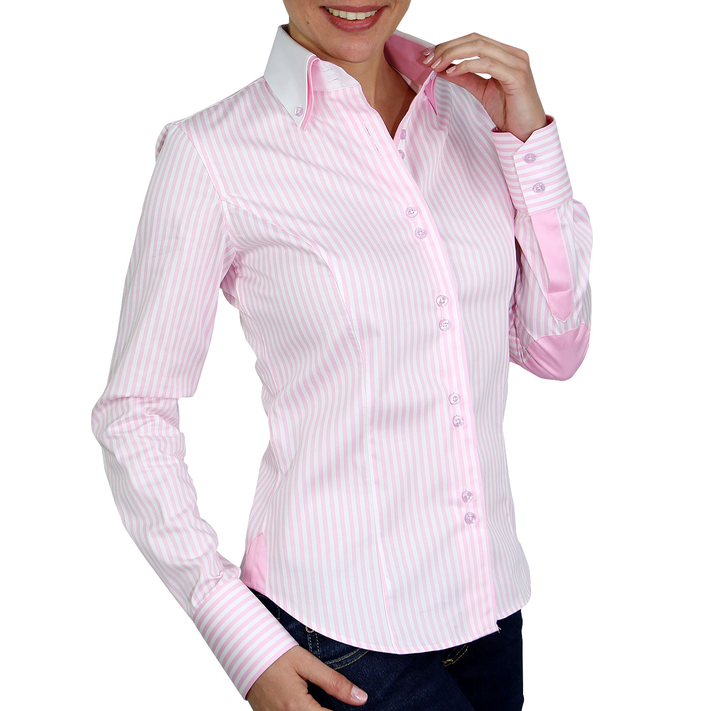 Women's shirt, the fashionable item in the air